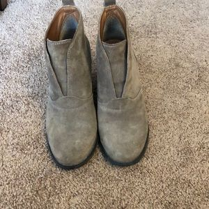 Lucky brand size 7 booties
